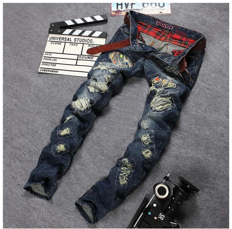 ФОТО New Personality Hole Rivet Denim Jeans 2017 Mens Brand Straight Slim Jeans Men's Beggar Patched Jeans Pants Casual Pants 30-38