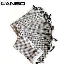 LANBO 100 adet gözlük durumda yumuşak su geçirmez beyaz siyah ekose kumaş toptan güneş gözlüğü çanta gözlük kılıfı durumda kaliteli S19