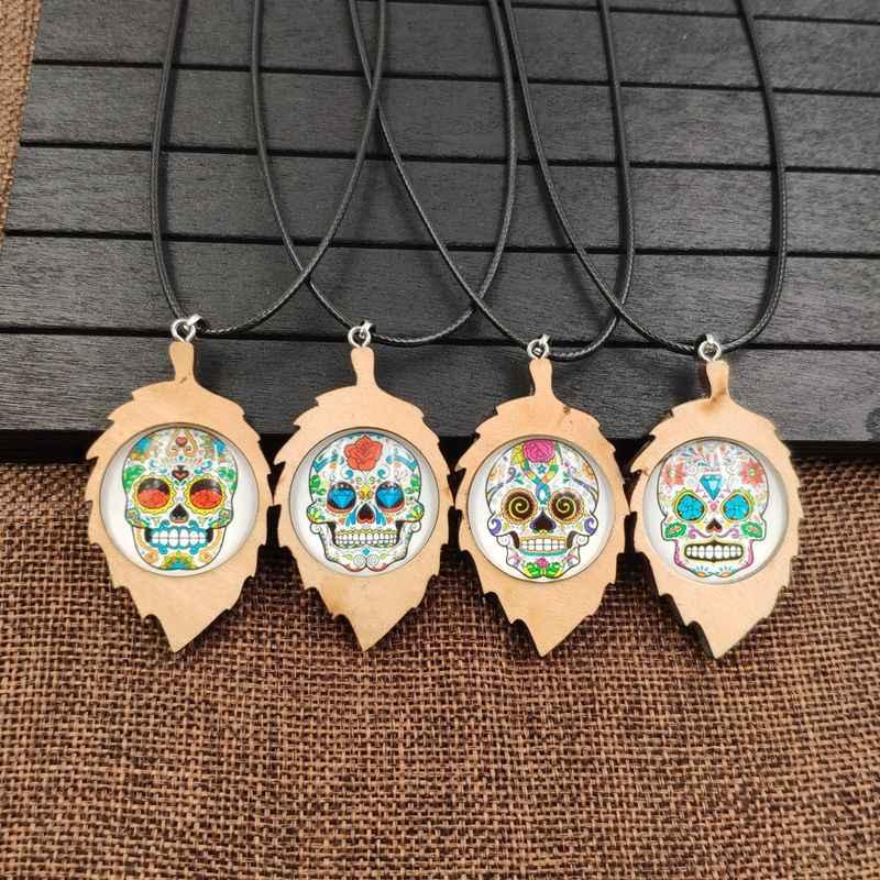 2019 nowy naszyjnik naszyjnik z drewna drewniany naszyjnik liny czas klejnot czaszki terroru śmierci Punk pirat mężczyzna Party Halloween prezent prezent AB025-028