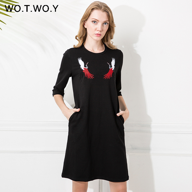 WOTWOY Cranes Embroidery Shirt Dress Women Beading Designs 2017 Pockets O-Neck Cotton Casual Loose Dresses Black T Shirt Dress