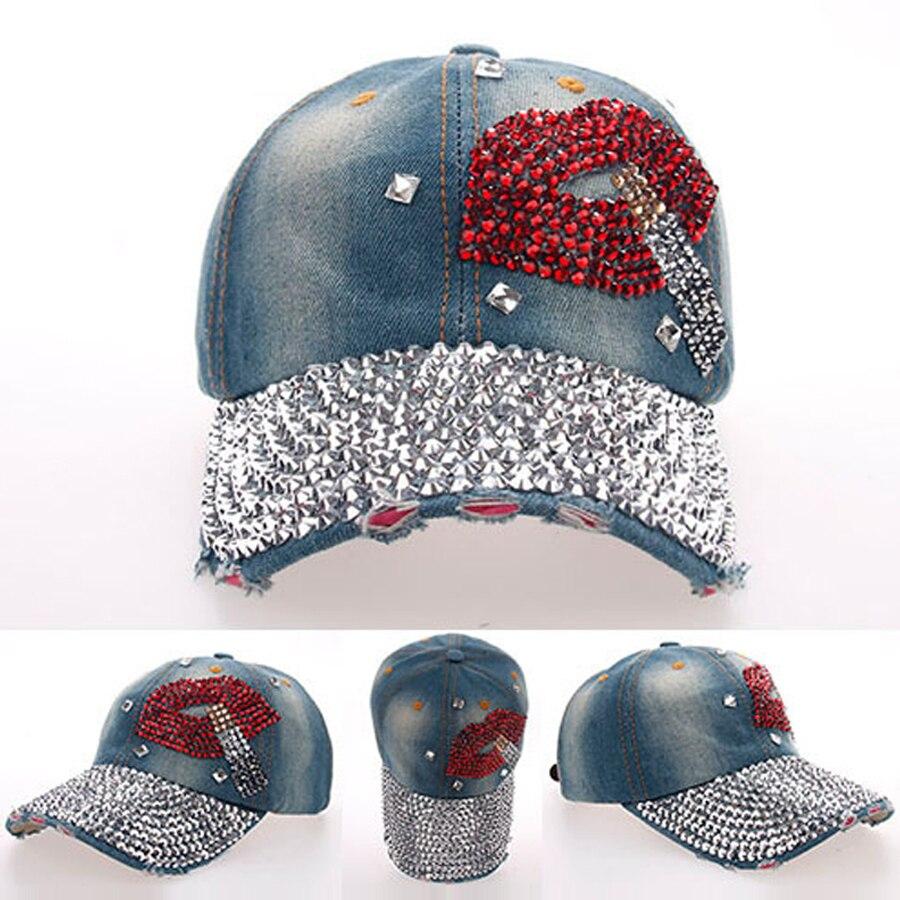 68a39fa21081b El 2019 de las mujeres boca fumar patrón completo ala moda gorras de  béisbol niñas diamante brillante decorado Denim sombrero envío SY334 en Las  mujeres ...