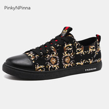 2019 summer new designer men flat canvas sneakers Baroque Victorian vintage religious pattern light casual street cheap shoes