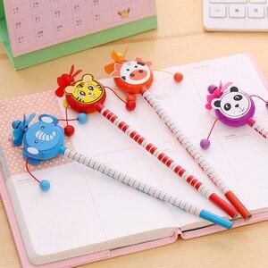 Image 5 - 30 יח\חבילה תלמידי הפרס ילדי קריקטורה בעלי החיים סגנון HB עץ עיפרון רעשן תוף צעצוע מתנת יום הולדת