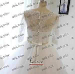 Image 3 - Vestido de novia de media manga con cinturón de cristal y Apliques de encaje, Amanda Novias, 2019