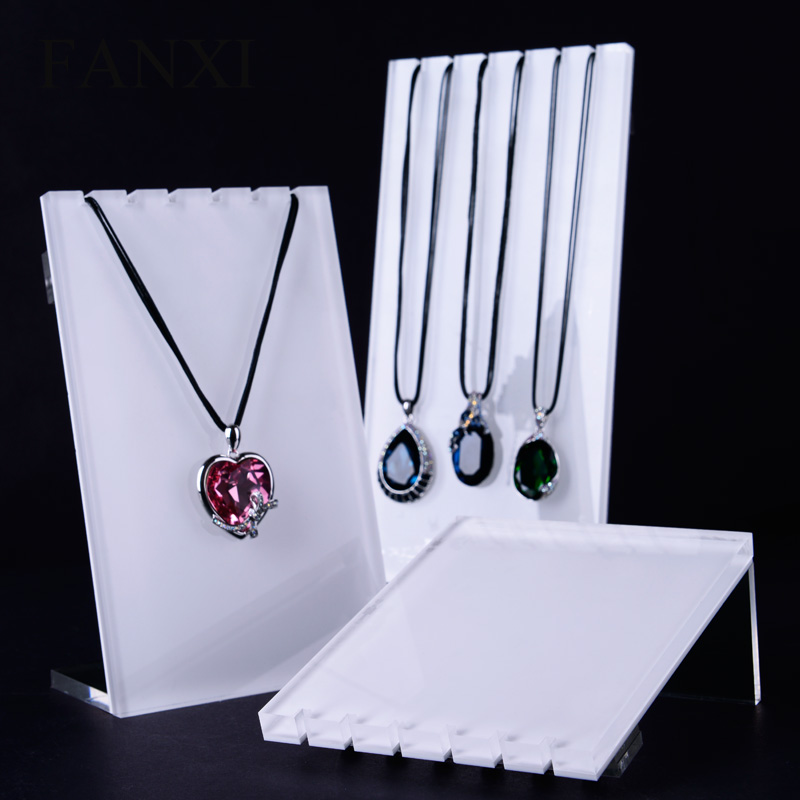 FANXI High Quality Acrylic Necklace Display Stand Set with 3 pcs White Silver Pendant Holder Jewelry Organizer Shelf Showcase in Jewelry Packaging Display from Jewelry Accessories