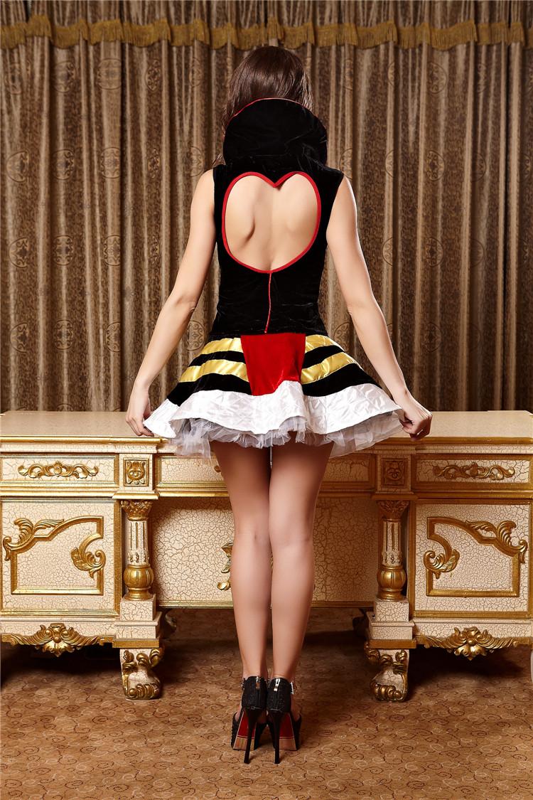 Son backless kraliçe kostümleri 13