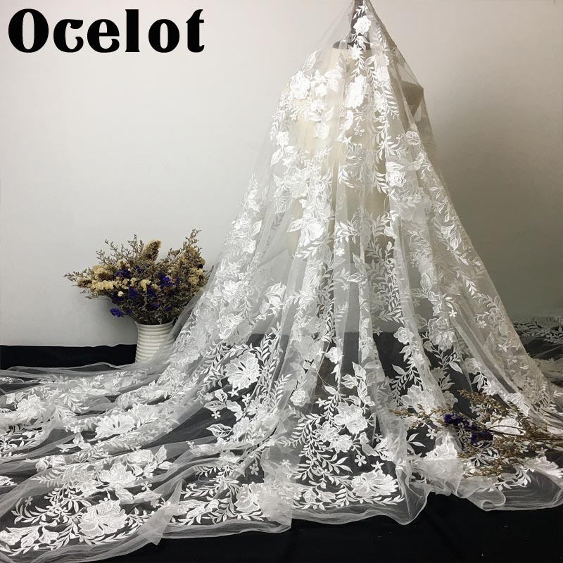 1 Yard Hot Selling In Best Price Eyelash Chantilly Lace Traditional Wedding Lace Fabric White
