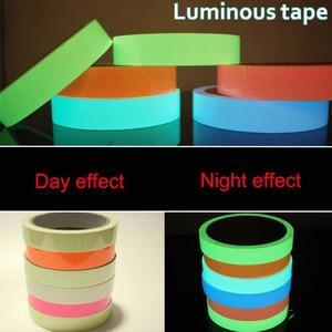 Image 2 - 5M 발광 빛나는 테이프 경고 줄무늬 어두운 비상 라인에 빛나는 비닐 벽 스티커 형광 빛나는 스트립 스티커 B
