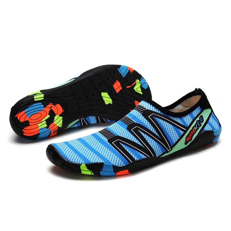 Drop-shipping Outdoor lovers beach Summer Outdoor Shoes Upstream Walking Water Quick Drying sneaker Shoes zapatos de hombre 1