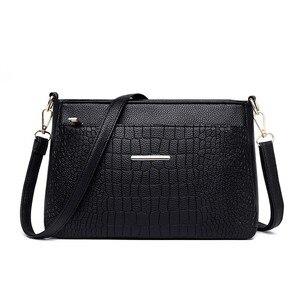 Image 2 - 2019 Women Messenger Bags Vintage Leather Shoulder Bag Female Sac A Main Crossbody Bags For Women Handbags Luxury Designer New