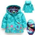 Varejo 1 PC novo 2014 primavera e no outono bebê menina de flor de impressão casaco com capuz crianças outerwear jaquetas Blusão de Alta Qualidade