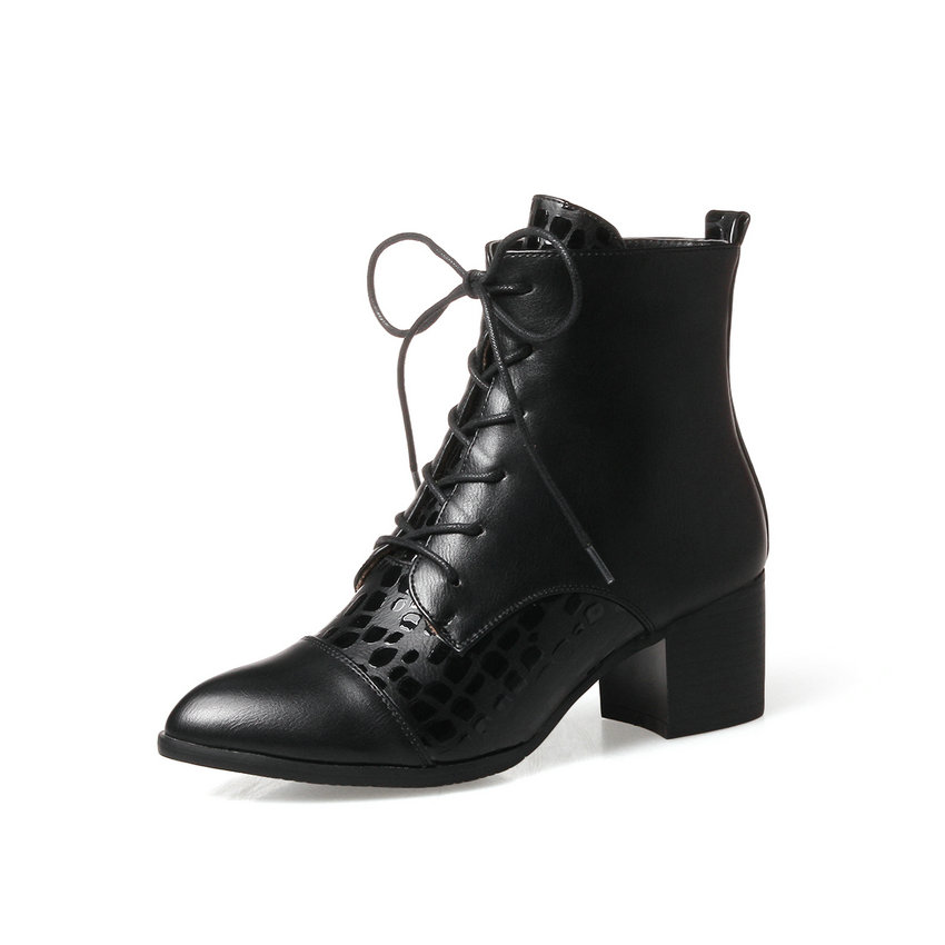 Autumn 2018 Women Boots Square High Heel Ankle Boots PU Zipper British Style Women Shoes Pointed Toe Ladies Boots Size 34-43 esveva 2018 women boots zippers black short plush pu lining pointed toe square high heels ankle boots ladies shoes size 34 39