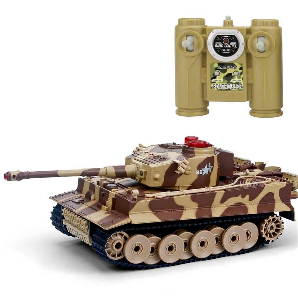 518 1/24 RC Tanque Crawler Controle Remoto IR Brinquedos Simulação Emmagee Canhão Batalha de Combate RC Infravermelho Tanque RC Carro de Brinquedo presentes dos miúdos