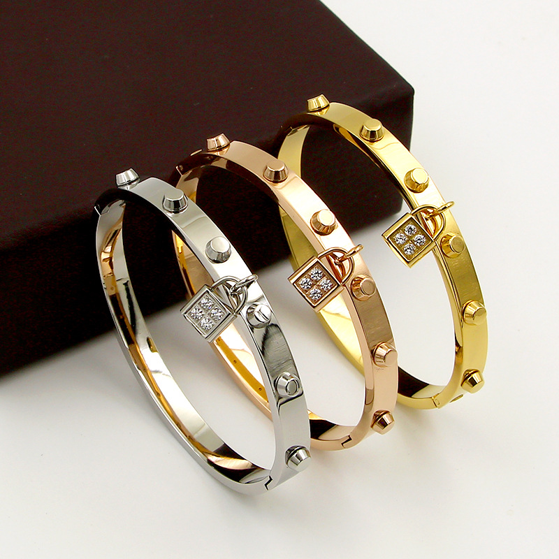 Fashionable accessories titanium steel lock bracelets for women men Female Charm love Bracelets bangles Pulseiras