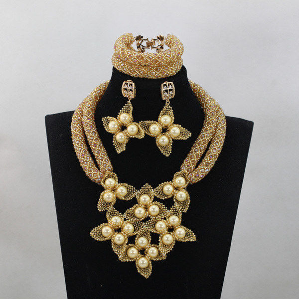 Luxury Champagne Gold Women Bridal Jewelry Set Gold Beaded Flower Chunky Statement Jewelry Set New Free Shipping WD648