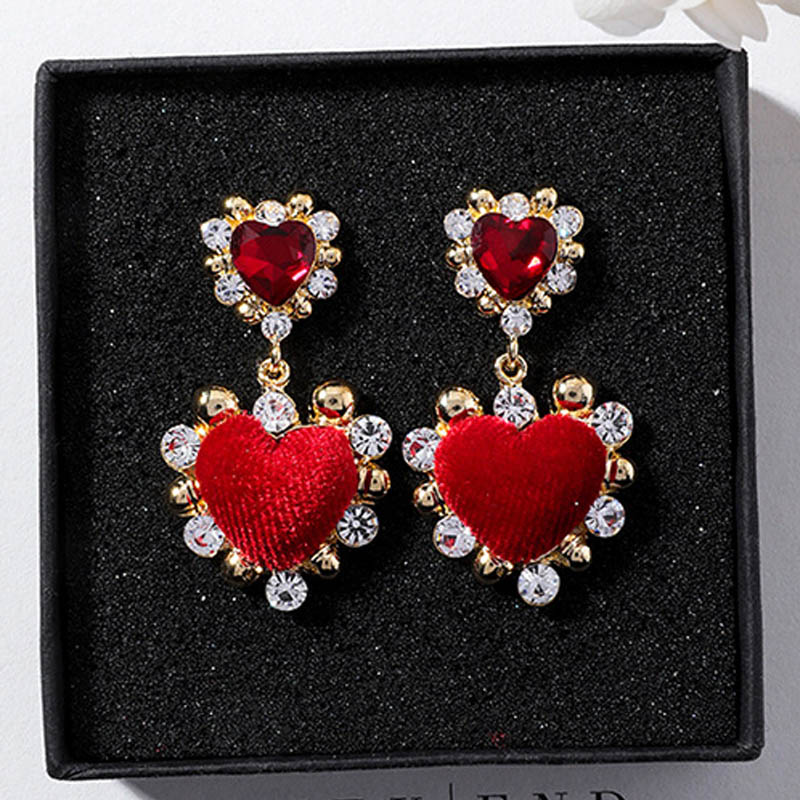 Detail Feedback Questions about 2018 Luxury Baroque Vintage Velvet Love  Heart Drop Earrings For Women Wedding Party Jewelry Fashion Rhinestone  Boucle ... 209ddcf6a8a2
