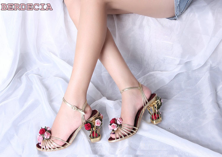 Charming beautiful 3D flowers decorated cage heel wedding shoes sweet golden strappy irregular hollow out heel dating sandals beautiful darkness