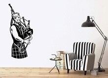 壁ビニールアップリケスコットランドミュージシャン国家音楽アイルランド Bagpipes ポスターホーム寝室アートデザイン装飾 2YY24