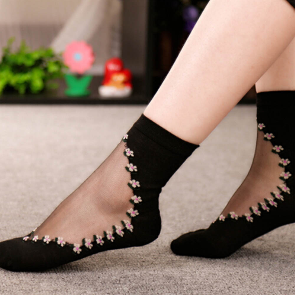 2019 New 1 Pair Beautiful Women Lace Socks Crystal Glass Silk Short Thin Transparent Roses Flower Socks(China)
