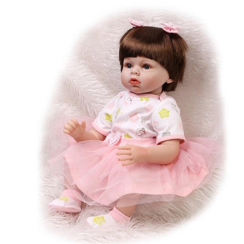 Babero para lactancia muy suave y delicado y absorbe la baba y la leche derramada antes de que puedan irritar la piel del bebé. Ideal para el recién nacido y durante la etapa de dentición.