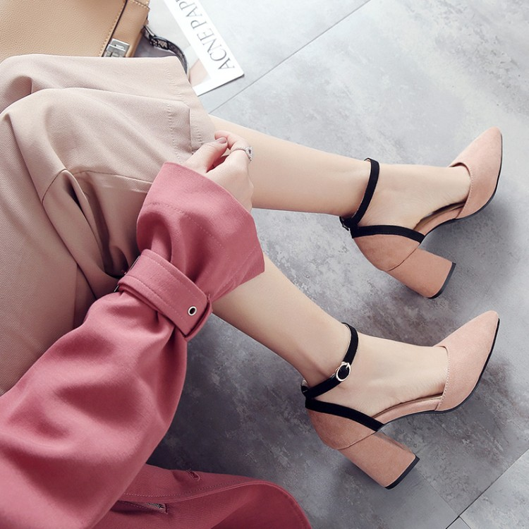 Big Size         Ladies High Heels Women Shoes Woman Pumps    Rough-heeled Square-headed Buckled Single Shoes