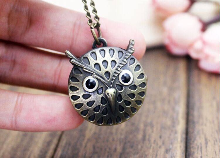 1pcs Retro Owl shape Quartz Pocket Watch with Free Chain Antique Vintage Animal Pendant Key Ring Men Gift antique retro bronze car truck pattern quartz pocket watch necklace pendant gift with chain for men and women gift