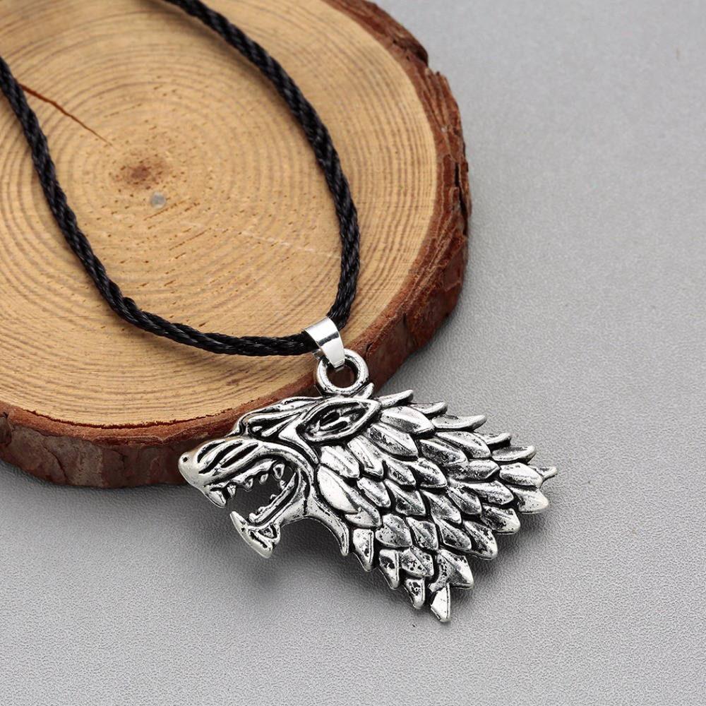 New Game Of Thrones House Stark Wolf Head Pendant Necklaces Silver Chain Necklaces For Men Male Boys Drop Shipping Home