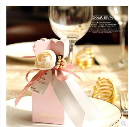 50 Pz/lotto PASAYIONE Stile Europeo Caramella di Cerimonia Nuziale Con Rosa Decorazione Del Nastro Portatile Gift Box Favore di Partito Casamento Decor-in Sacchetti regalo e accessori per pacchetti da Casa e giardino su  Gruppo 1