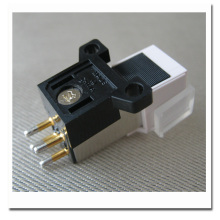 High Quality Phonograph Pickup Stylus Gold-plated Needle Cartridge  With Mounting Screws Sound Connector