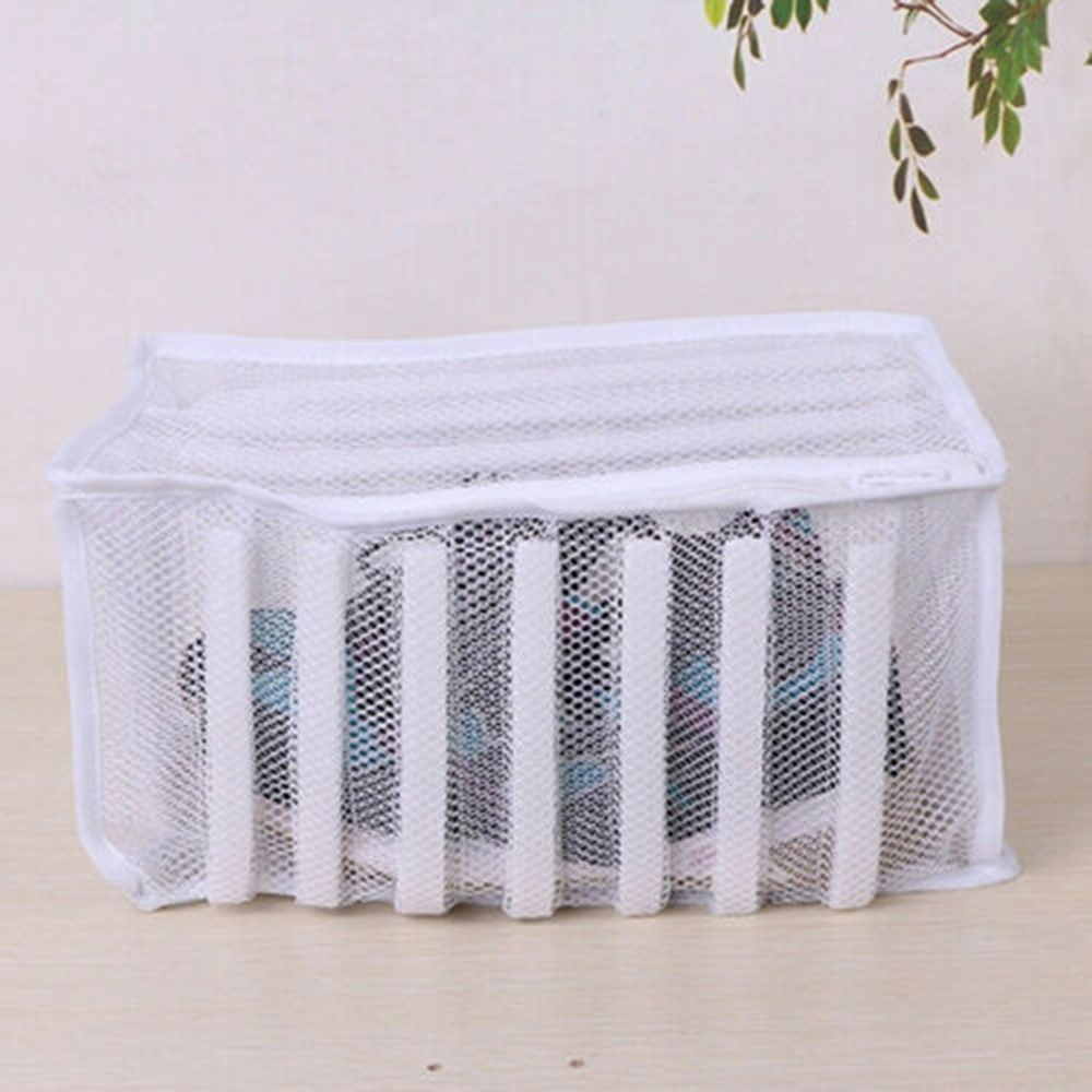 White Padded Laundry Net Wash Bag For Protecting Shoes In The Washing Machine Shoes Washing And Drying Bag