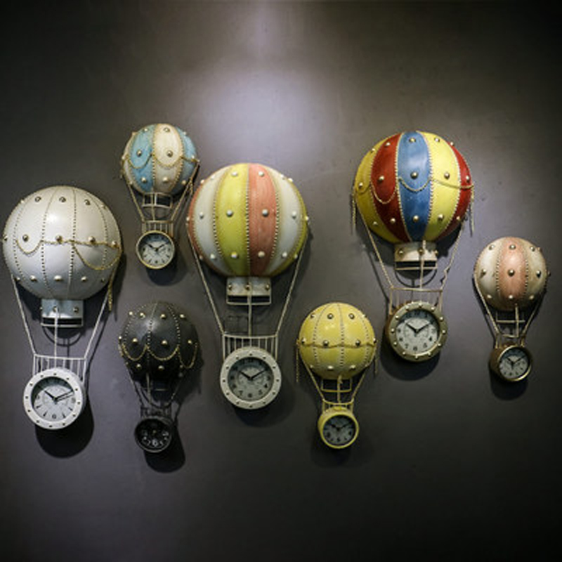 2019 New Metal Balloon Watch Wall Clocks Sculpture Home Decoration Accessories Large Garden Christmas Statues For Wall Decor