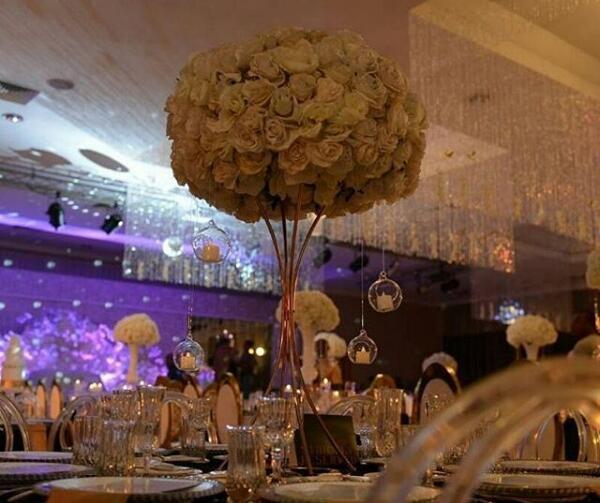 10PCS/lot Golden Flower Pillar Gold Metal Flower Stand Beautiful Shape Frame for Wedding Party Event Decoration