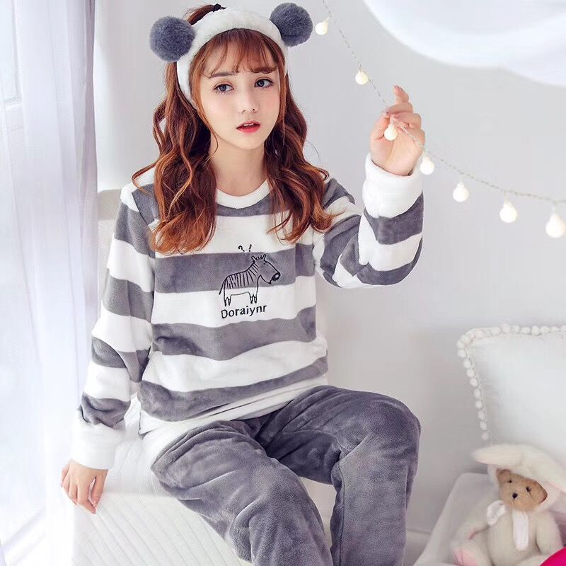 Winter Women   Pajama     Sets   Sleepwear Suit Thick Warm Coral Flannel Coral nightgown Autumn Female Long Cartoon Bear Pyjamas   Sets