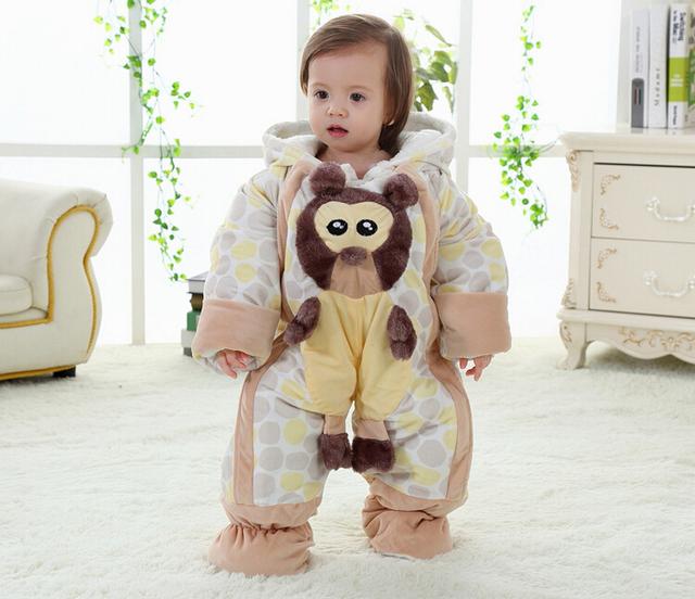 2016 nova engrosse inverno russo roupas de bebê de algodão roupas de bebê flanela 3D Animal dos desenhos animados macacão de bebê das meninas dos meninos Jumpsuit F54
