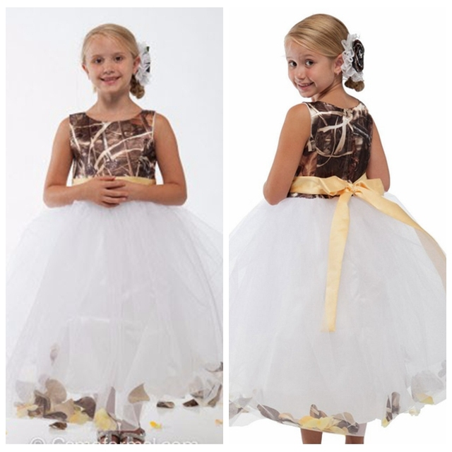 bbd1d04a280 New Fashion Reed Bulrush Camo Flower Girl Dress White Tulle Skirt Kids  Toddler Formal Party Gowns Girls Camouflage Party Gowns