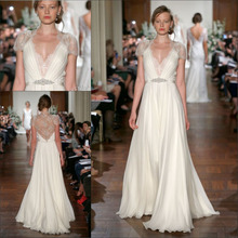 цены на Kate Middleton In Jenny Packham Formal White Chiffon Evening Dresses With Lace Cap Sleeves V Neck Long Prom Dresses EV0117  в интернет-магазинах