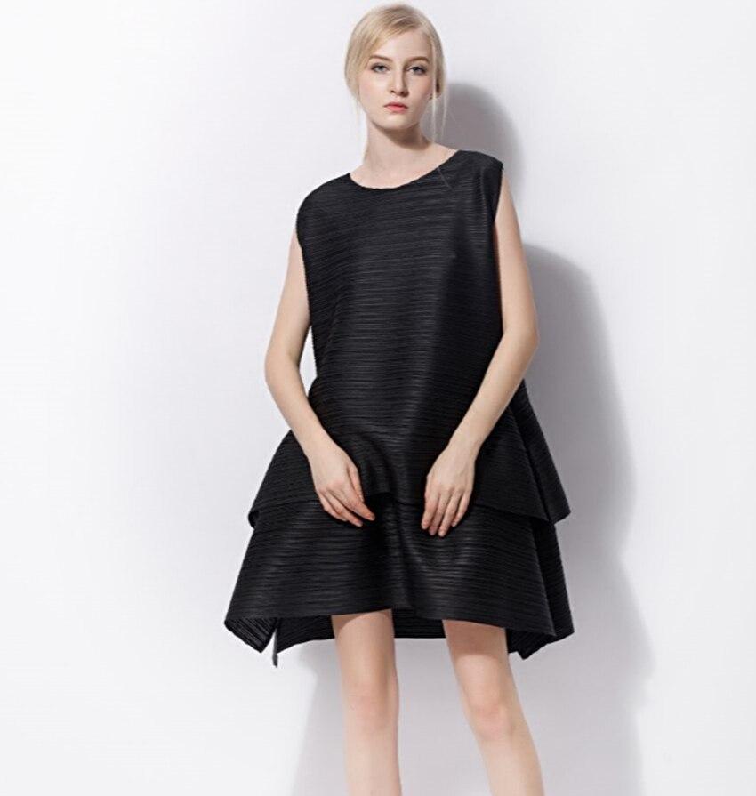 Changpleat 2018 Sommer sleeveless kuchen Kleid Miyak Plissee Fashion Design O ansatz Feste Lose Plus Größe Weibliche A linie kleid Flut-in Kleider aus Damenbekleidung bei  Gruppe 2