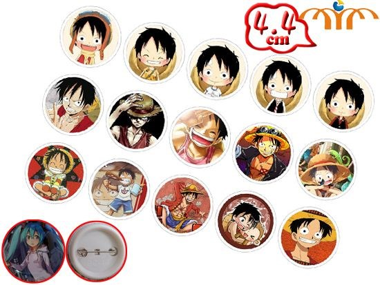 Giancomics Hot One Piece Anime Pins Button PVC Cute Cartoon Pattern Badges Brooch Chestpin Costume Ornament Accessory Collection