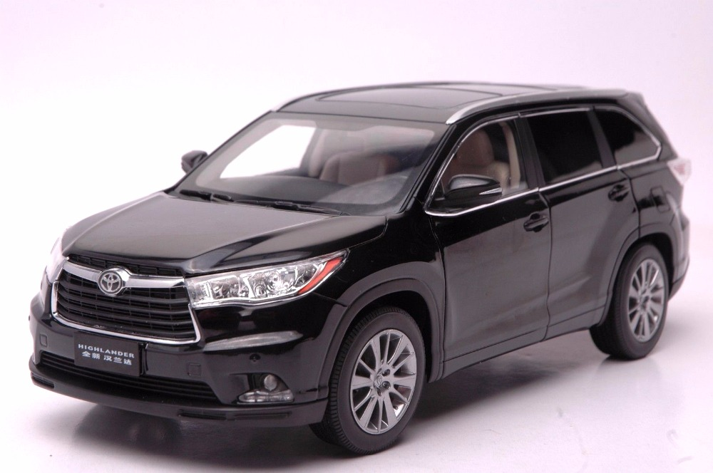 1:18 Diecast Model for Toyota Highlander 2015 Black SUV Alloy Toy Car Miniature Collection Gifts