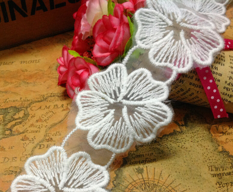 New Arrival 10YDS 4cm/ 1.57inch White DIY Lace Ribbon Lace Flower Applique Craft Embroid Accessary for Garment Decoration Z800