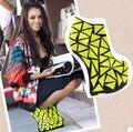 Mulheres Sexy Sapatos De Alta-Salto Alto Bombas Mulheres Botas Curtas de Moda Cor Neon Estilo Estranho Fretwork Saltos Sapatos De Couro Genuíno