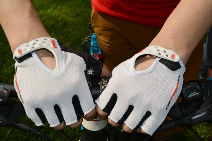 Cycling Biker Gloves Half Finger Shockproof Breathable MTB Mountain Bicycle Sports Gloves Cycling Equipment
