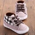 НОВЫЕ детские мокасины Малышей Младенческой Baby Boy Обувь холст Кружева повседневная Тапки ПУ Плед Мягкой Подошвой Детская Кровать В Обуви впервые уокер 0-1years