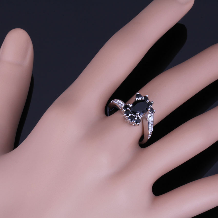 Incredible Flower Black Cubic Zirconia White CZ 925 Sterling Silver Ring For Women V0677 in Rings from Jewelry Accessories