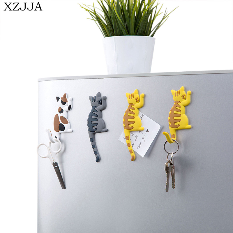 XZJJA 2pcs Cartoon Magnetic Key Hook Microwave Oven Kitchen Refrigerator Magnet Hook Family Decorative Storage Hook