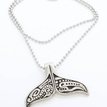 High-quality cute tail whale pendant necklace men and women stainless steel necklace, Christmas gift jewelry wholesale retai