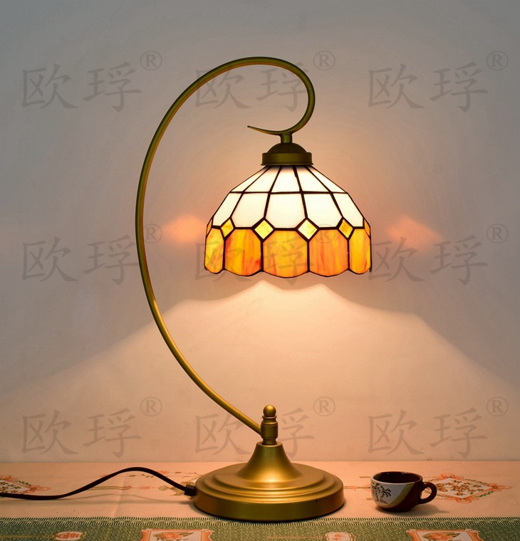BaroqueTiffany Table Lamp Country Style Stained Glass Lamp for Bedroom Bedside Lamp E27 110-240VBaroqueTiffany Table Lamp Country Style Stained Glass Lamp for Bedroom Bedside Lamp E27 110-240V