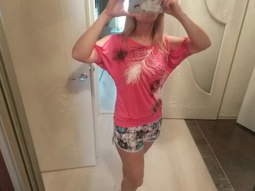 HTB1aEs6RVXXXXXcXVXXq6xXFXXXG - Summer Women Feather Printed T-shirts O- neck Strapless Shirts Off Shoulder