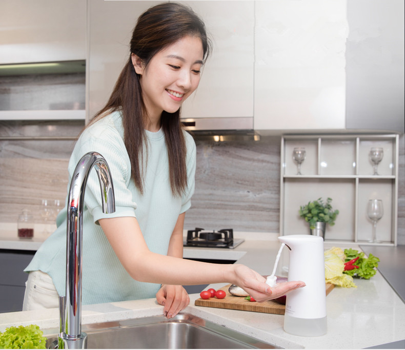 Image 4 - Xiaomi Mijia Xiaowei Intelligent Auto Induction Foaming Hand Washing Machine Soap Dispensers Hand Washer (Update version)-in Smart Remote Control from Consumer Electronics