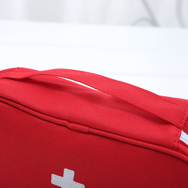 Купить с кэшбэком First Aid Kit Bag Fashion travel portable mobile emergency medical kit drug finishing Camping Emergency Kits Medium
